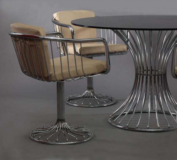 Sessel und Tisch Chrom