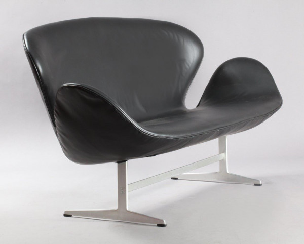 Swan Sofa